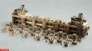 v12-laraki-engine_5